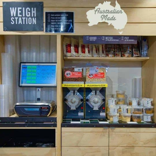 Retail customers are drawn to the freshly ground nut butter stations, a range of nut butters are available such as Peanut butter, Macadamia butter, Cashew Nut Butter, etc