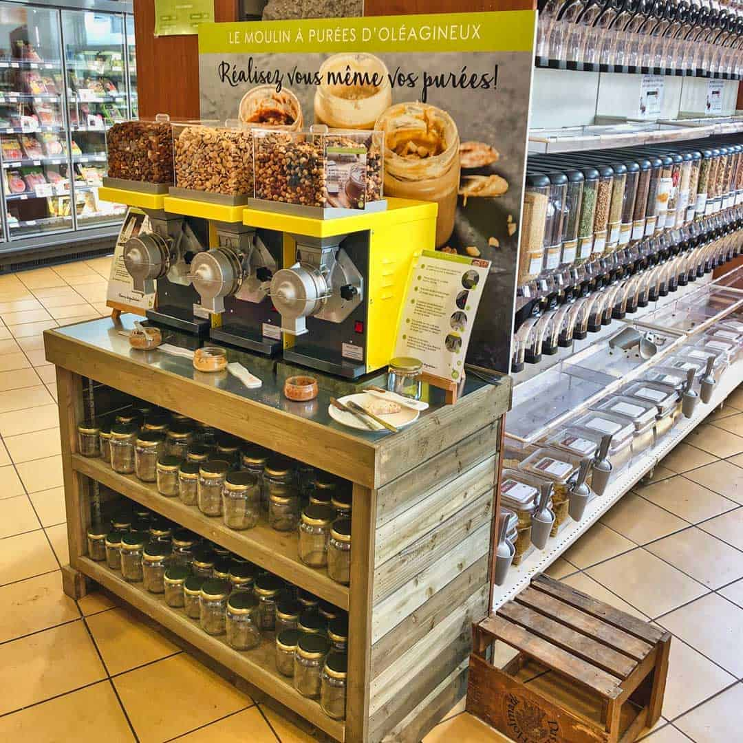 Vince-Russell-Nut-Butter-Mill-station-for-European-shops
